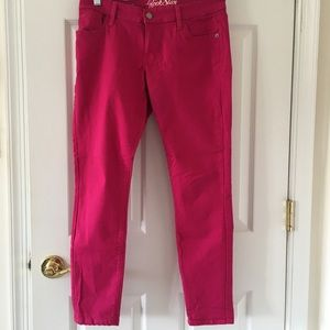 Old Navy Rockstar women's colored jeans fuchsia 10